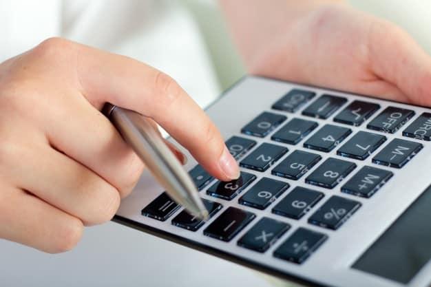 תשלום מס על פיצויים – כל מה שצריך לדעת